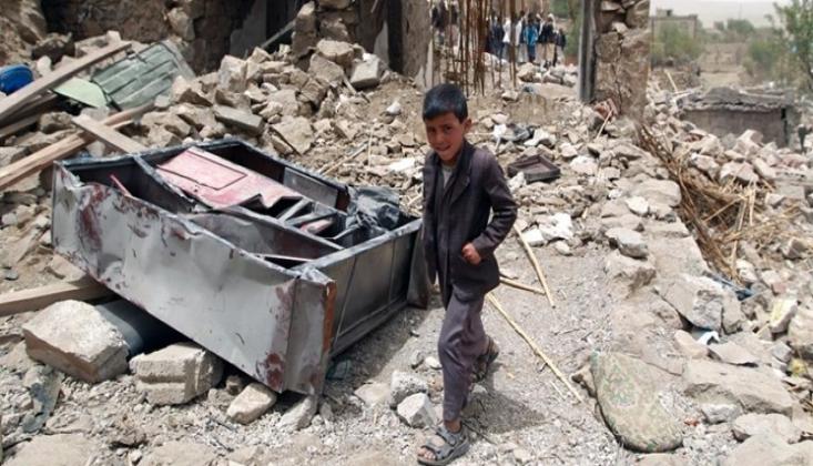 Suudi Arabistan Yemen'i 32 Kez Bombaladı