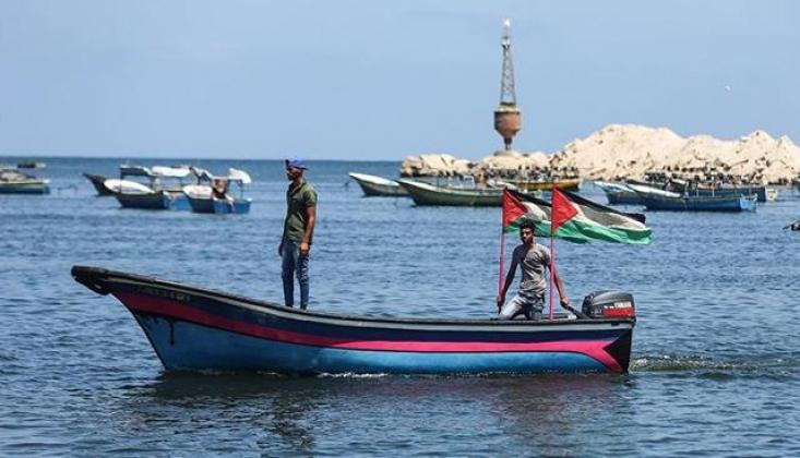 Siyonist İsrail'in Gazzeli Balıkçılara Zulmü