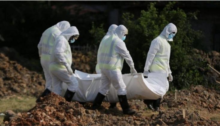 Afrika'da Kovid-19 Vaka Sayısı 700 Bini Aştı, Can Kaybı 15 Bine Yaklaştı