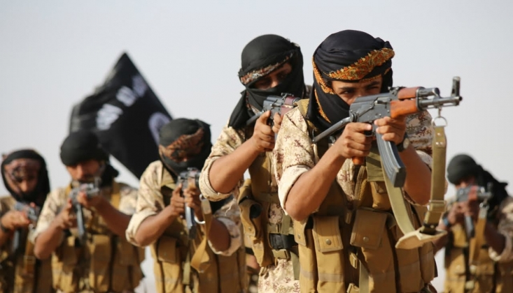 IŞİD Irak ve Suriye'de Yeniden Yapılanıyor