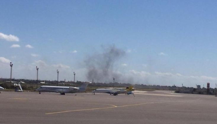 Libya'da 124 Kişiyi Taşıyan Uçağın Yanına Füze Düştü