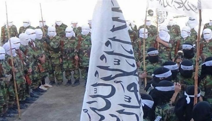 200 İlçenin Kontrolü Taliban'a Geçti
