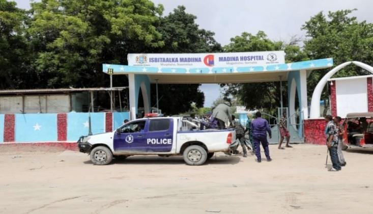 Eş-Şebab Terör Örgütü Somali'de Askeri Üsse Saldırdı
