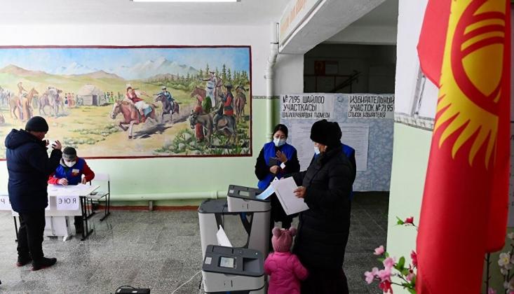 Kırgızistan Referandum İçin Sandık Başında