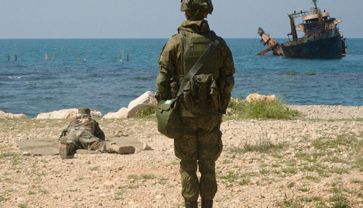 Rusya ve Suriye'den Akdeniz'de Ortak Deniz Tatbikatı