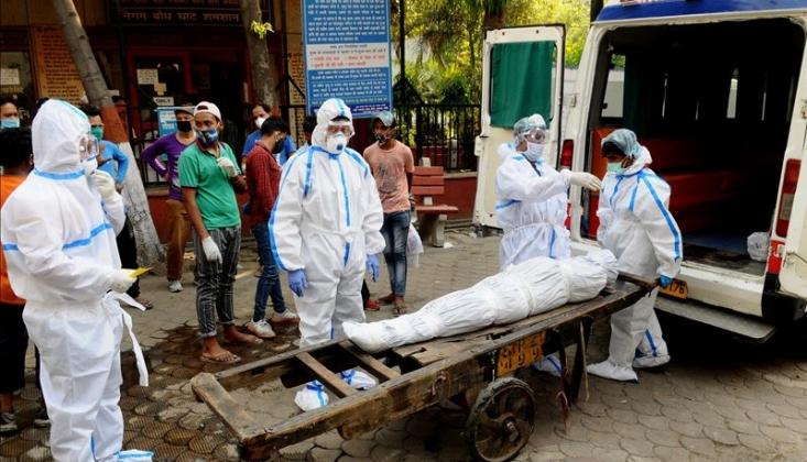 Hindistan'dan Dünya Rekoru: Bir Günde 90 Binden Fazla Koronavirüs Vakası