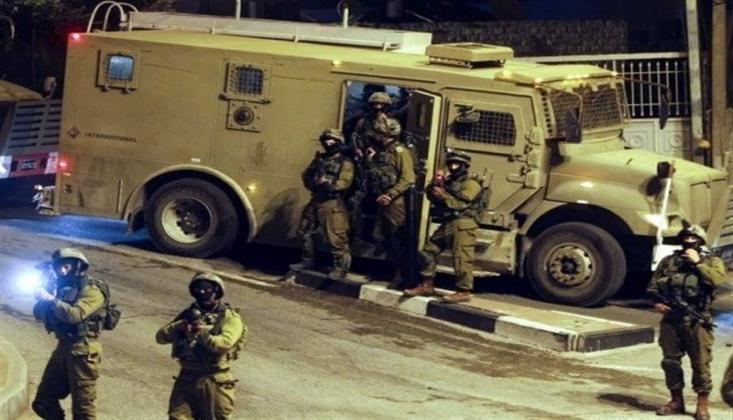 İşgal Güçleri Nablus'ta Filistinlilere Saldırdı