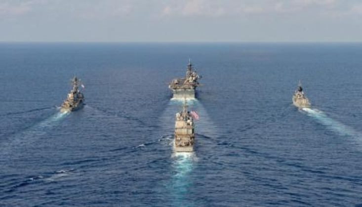 Çin Donanması ABD Savaş Gemisini Güney Çin Denizi'nden Çıkardı