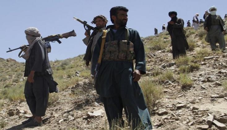 Afganistan'da Dehene-i Guri İlçesi Taliban'dan Geri Alındı