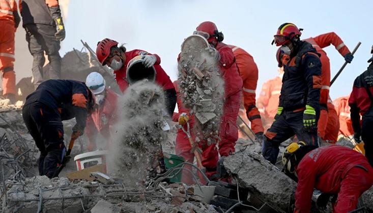 İzmir'de 6 Apartmanın Yıkılma Nedenleri Ortaya Çıktı