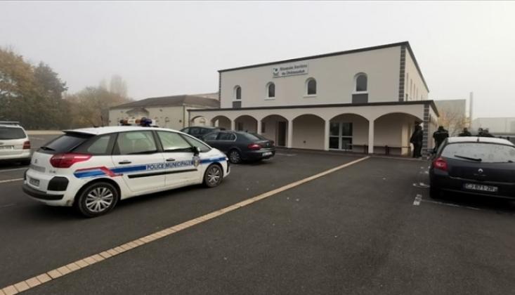 Fransa'da Camiyi Kundaklamak İstediler