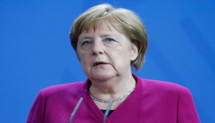 Merkel'den 'Uluslararası Güvenli Bölge' Açıklaması