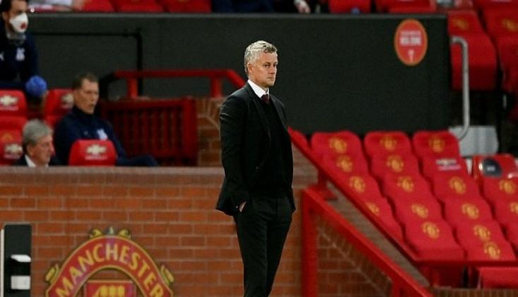 Manchester United'a Evinde Büyük Şok