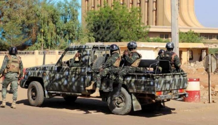 Nijer'de İki Köye Eş Zamanlı Saldırı: En Az 70 Ölü
