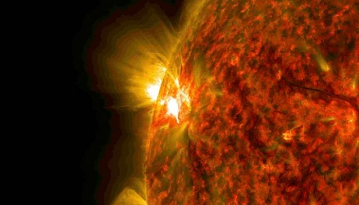 NASA Güneş'in Gizemli Perdesini Aralıyor