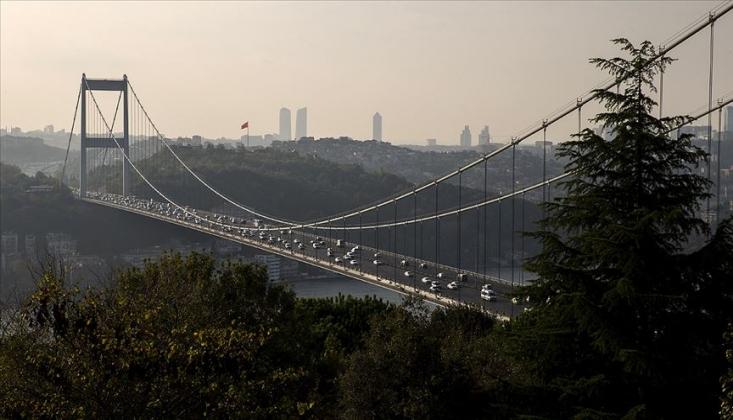 İstanbul'un İki Yakası Arasındaki Araç Geçişi Yüzde 52 Azaldı
