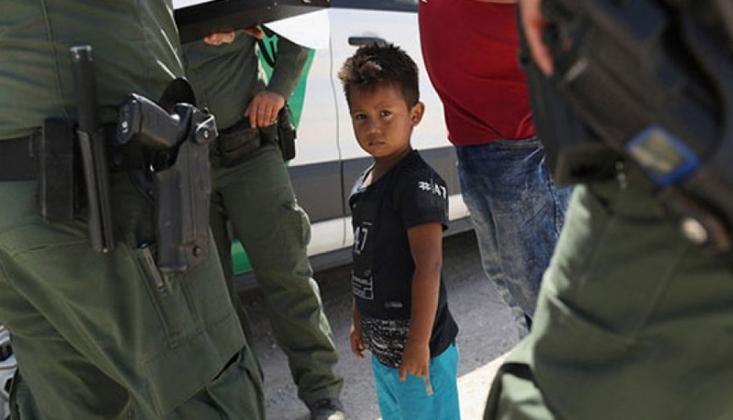 Bir Yılda 911 Göçmen Çocuk Ailesinden Ayırıldı