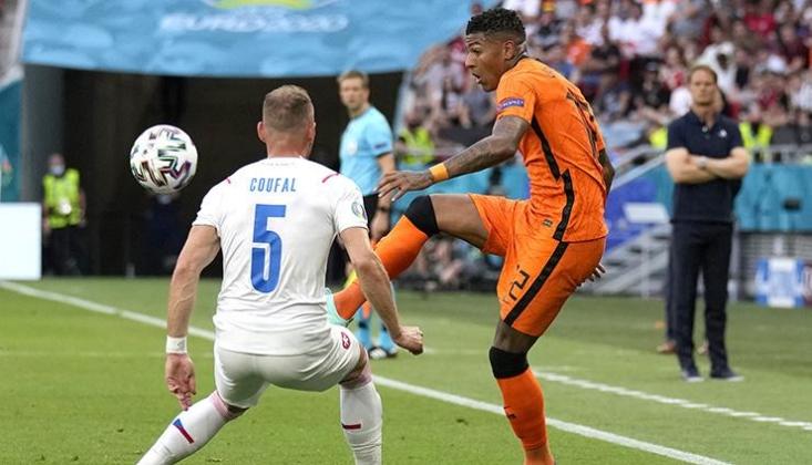 Hollanda'ya Çekya Şoku!