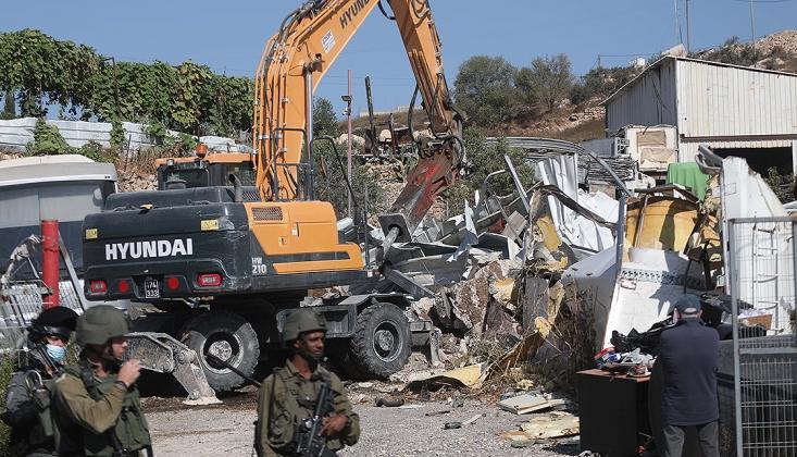 İşgal Rejimi Filistinlilerin Ev ve İş Yerlerini Yıktı