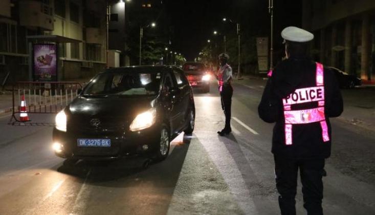 Senegal'de Sokağa Çıkma Yasağı Uzatıldı
