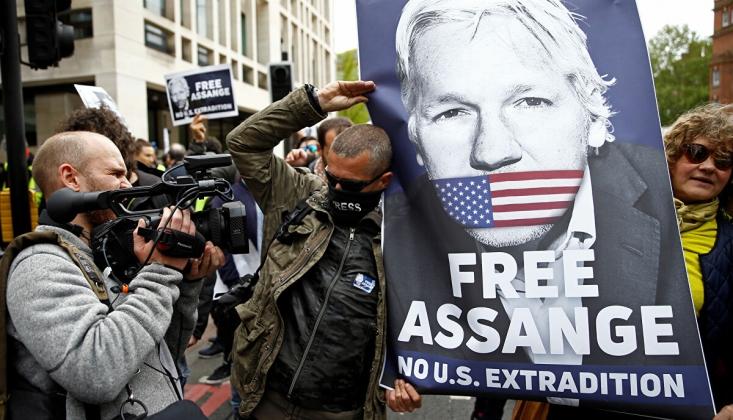 Assange Bugün Hakim Karşısına Çıkıyor